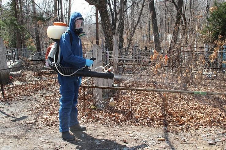 Обработка кладбищ от клещей в Грозном